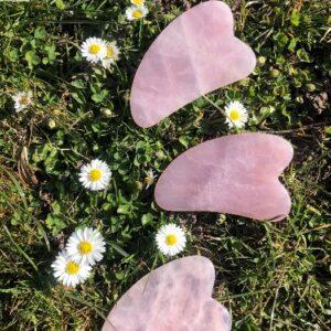 gua sha rosenkvarts fra Naturskøn